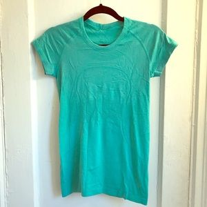 Lululemon turquoise/ teal Swiftly tech running top